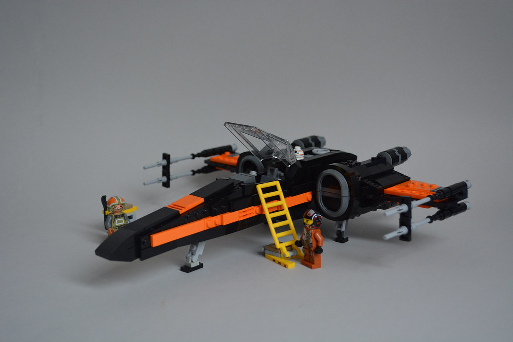 6c823de7db2d 23583383533 92823ce4af b.jpg · Black One T-70 X-Wing ...