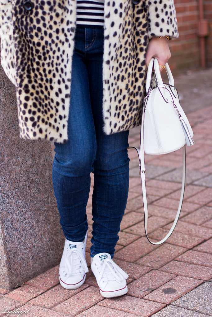 leopard fur coat, striped turtleneck, converse-6.jpg
