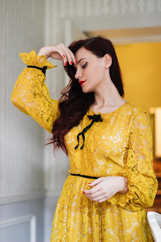 yellow lace8