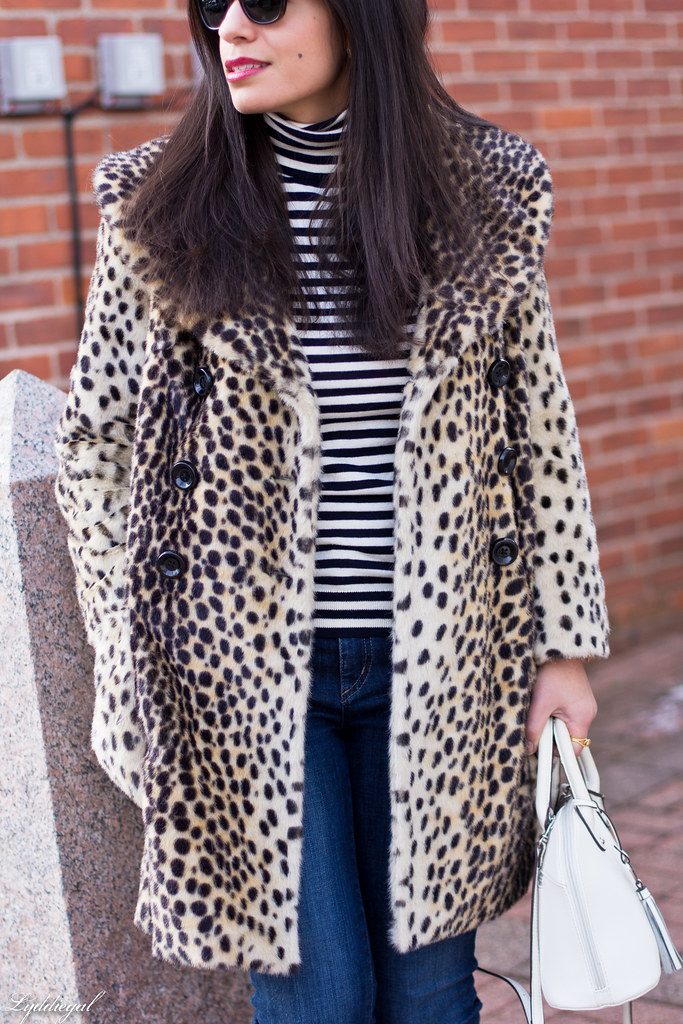 leopard fur coat, striped turtleneck, converse-5.jpg