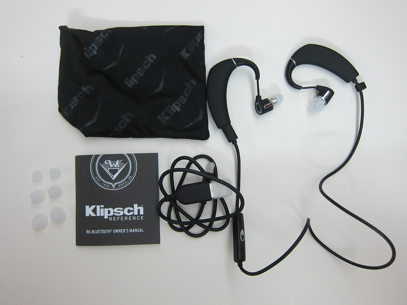 Klipsch R6 In-Ear Bluetooth Earphones - Box Contents