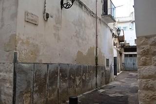 Noicattaro. Via Paparusso front