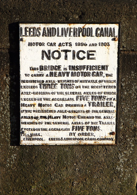 Leeds Liverpool Canal bridge