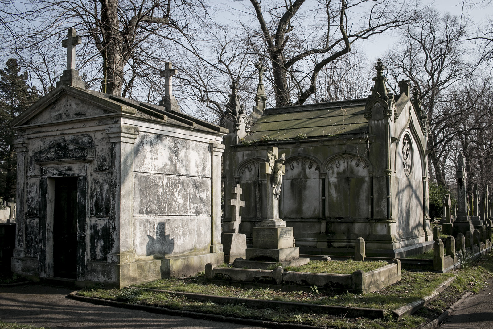 Brompton cemetery, london cemeteries, mausoleum