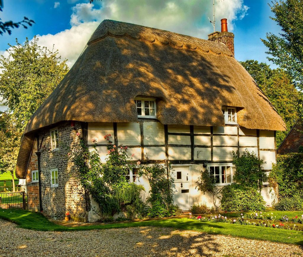 A thatched cottage at Stoke in Hampshire. Credit Anguskirk