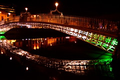 Dublin's Ha'penny Bridge... in all it's night time spendour