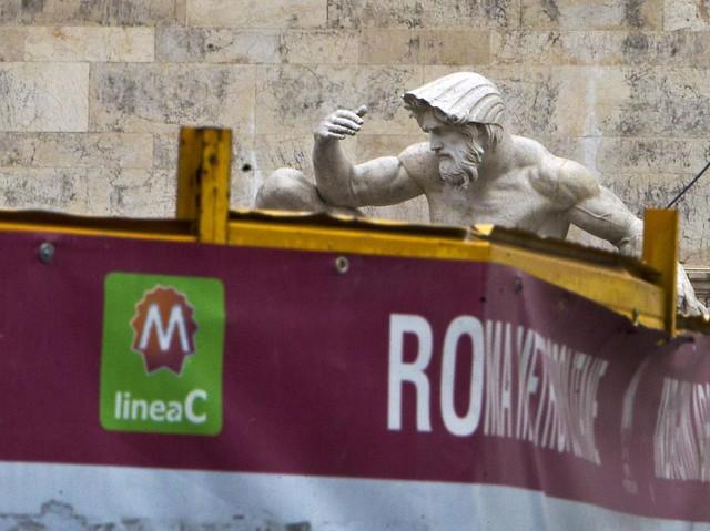 ROMA ARCHEOLOGICA & RESTAURO ARCHITETTURA: Metro C, cantieri chiusi e licenziamenti: «500 posti a rischio», CORRIERE DELLA SERA & METRO C SPA (05|02|2016).