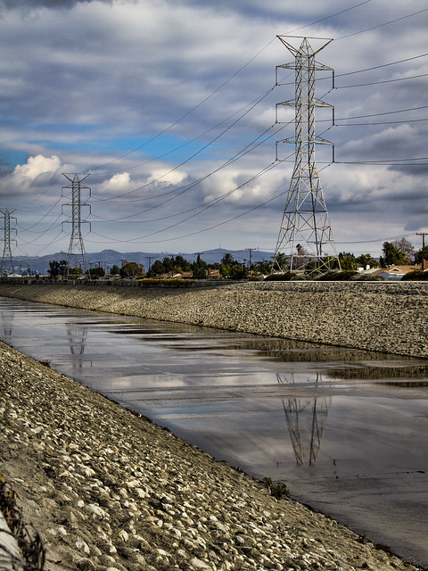 Rio Hondo Riverbed reflections