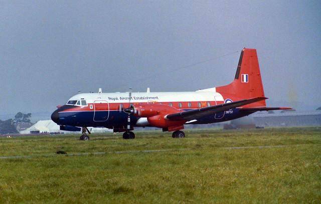 XW750 HS 748 Arrive