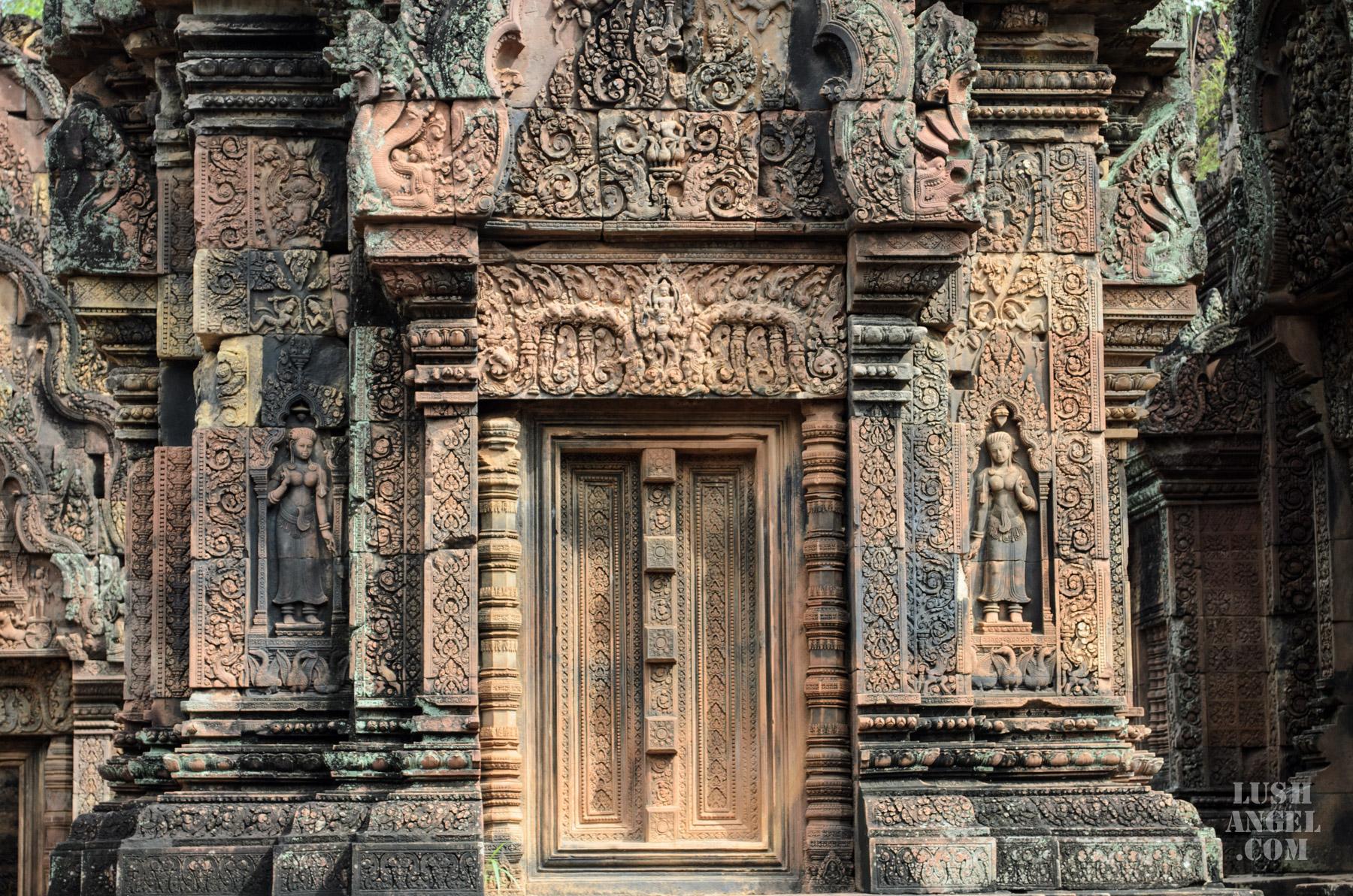 pink-temple-siem-reap