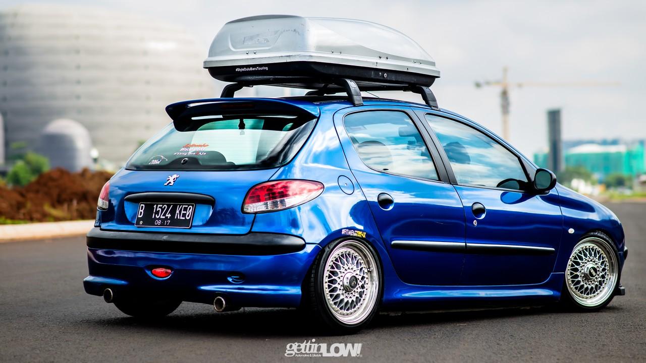 Peugeot 206 Blue