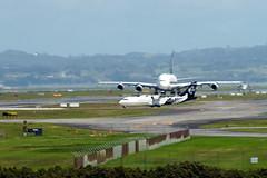 Singapore Airlines Airbus A380-841 9V-SKA SQ286 AKL->SIN dep AKL
