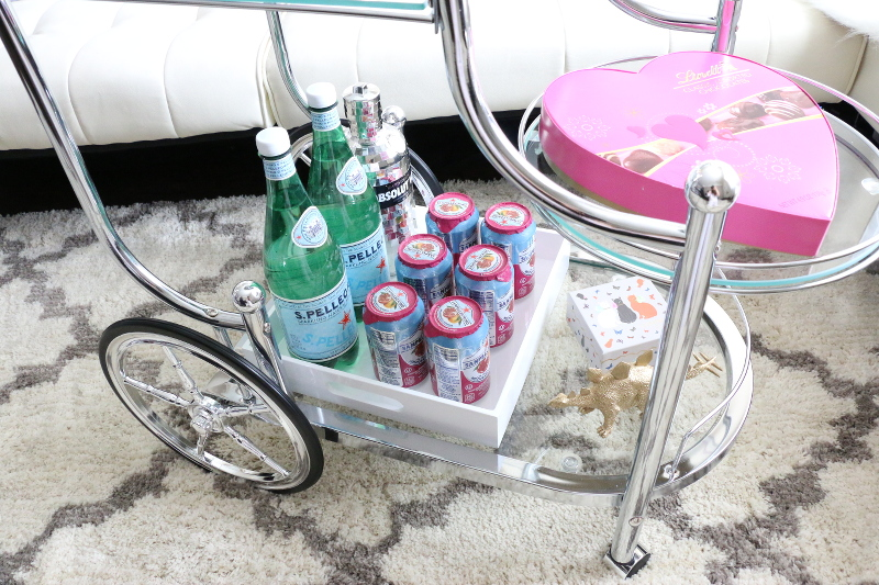 bar-cart-essentials-sparkling-water-pineapple-cups