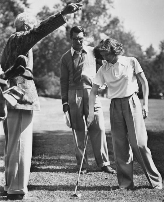 Bringing Up Baby - backstage - Howard Hawks, Cary Grant and Katharine Hepburn - 1
