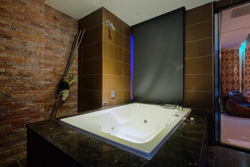 台南平價休息推薦‧房型多變又舒服的媜13汽車旅館_房型110 (15)
