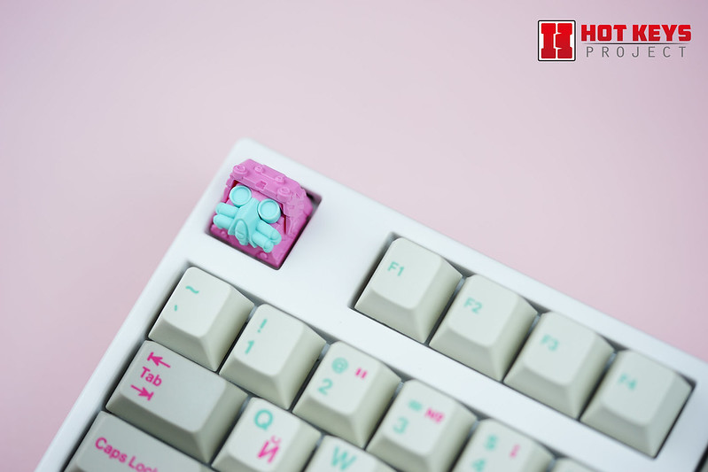 Pink Raven HKP