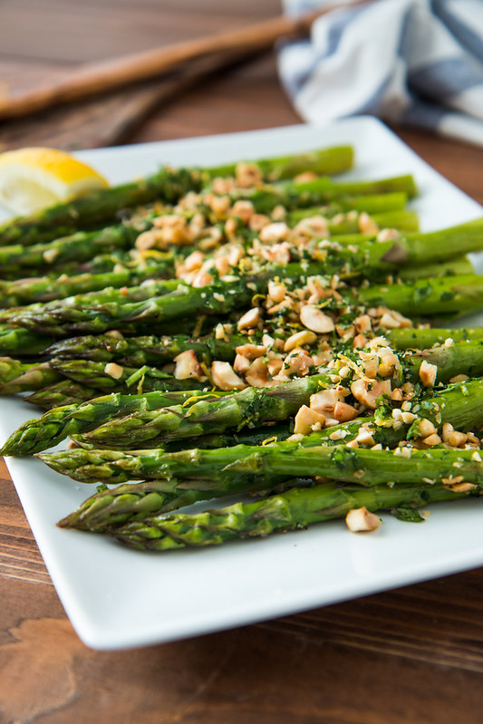 Roasted Asparagus with Hazelnut Gremolata