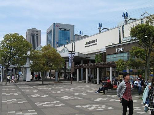 ワタモテxロッテ 海浜幕張駅南口