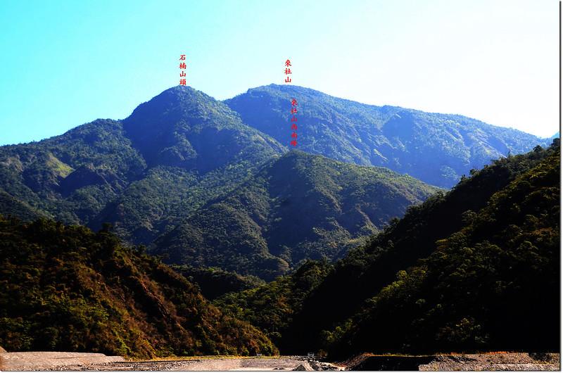 來義村東北眺來社山