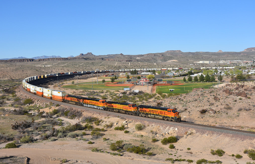 BNSF 8101 east Kingman Arizona 08.03.2016