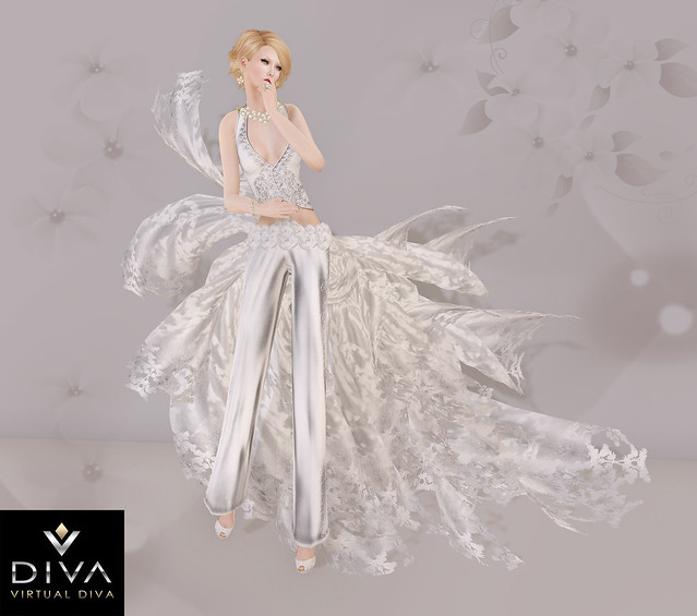 "Show Diamomds""Virtual Diva ""Closer Gown Couture"