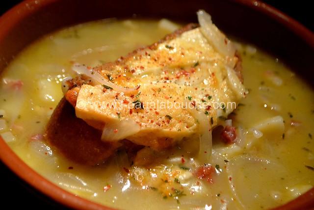 Soupe à l'Oignon © Ana Luthi Tous droits réservés 76