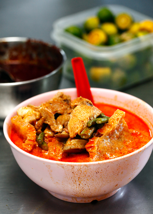 Madras Lane Petaling Street Curry Laksa