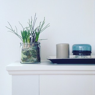 Faux mantle in spring mood