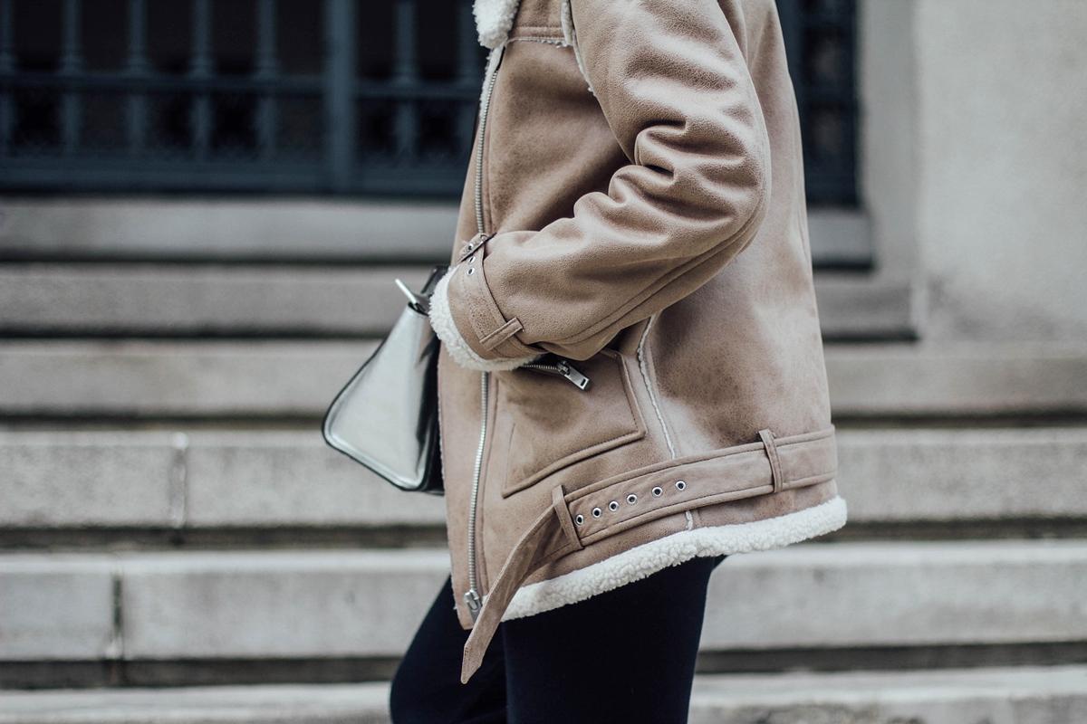 combinar chaqueta de borreguillo-shearling-jacket
