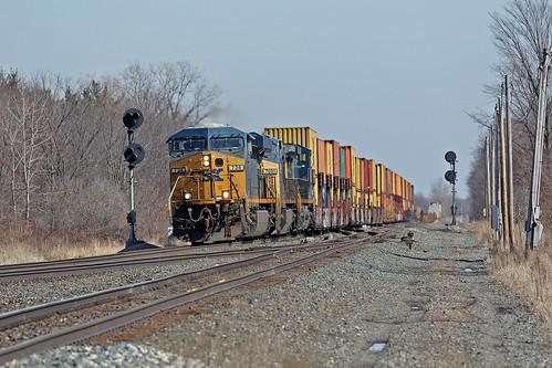 csx stacktrains csxtrains greenwichohio csxgreenwichsubdivision csxintermodaltrains csx734