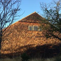 La iglesia en el lado más rural y sugerente.