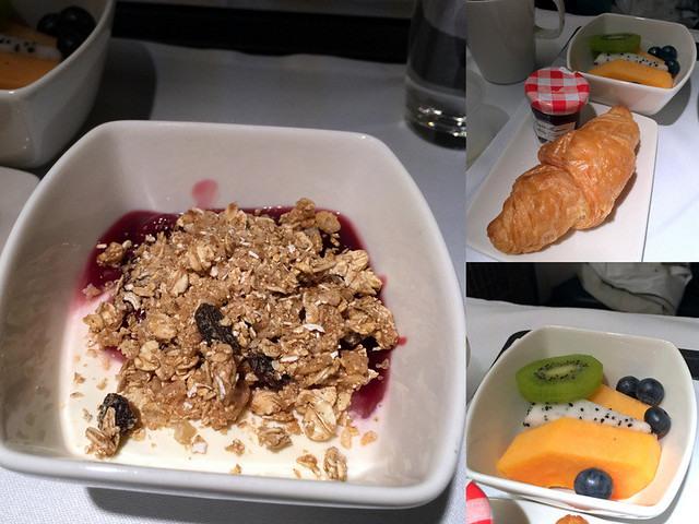 CX 777 300ER HKG to JNB- Bircher Muesli and Blueberries