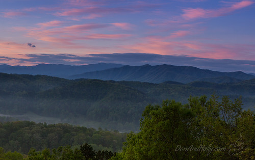 pink blue red sunrise us spring unitedstates tennessee tallassee greatsmokymountainsnationalpark gsmnp danandhollycom danandhollythompson