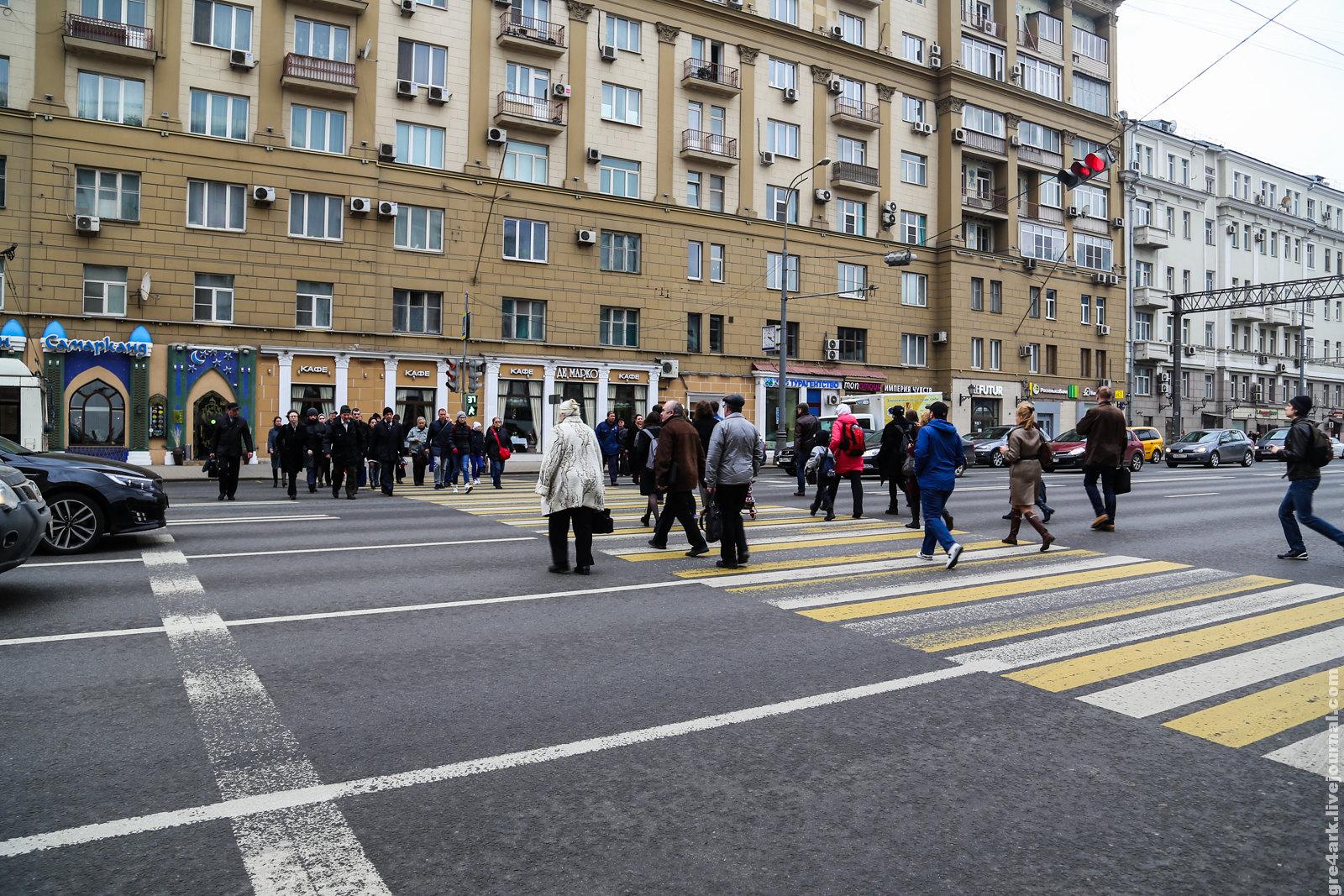 Новый наземный переход рядом с подземным, Москва, пр.Мира