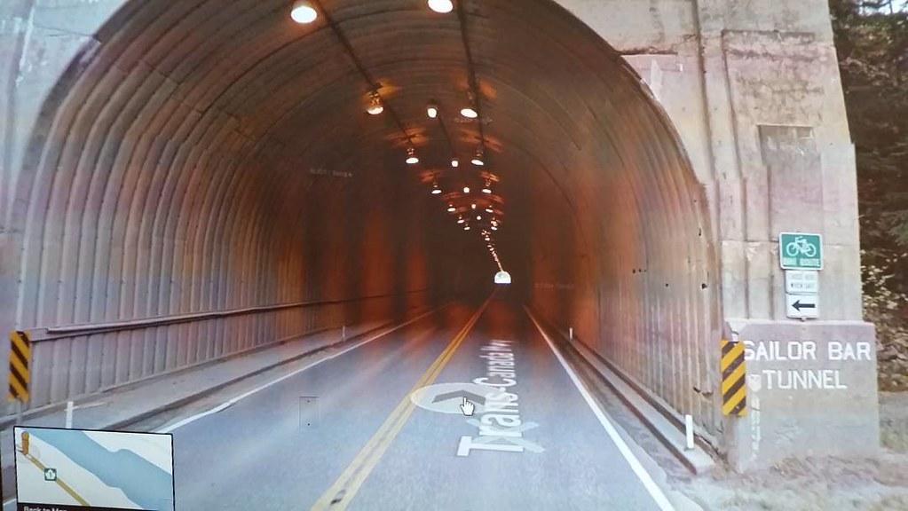 Sailor Bar Tunnel #ridingthroughwalls