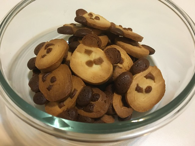出爐了!這是底部@辣媽Shania麵包機熊貓餅乾