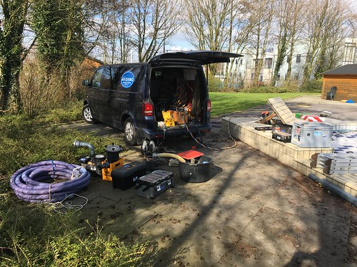 Leiding reparatie in bufferkelder