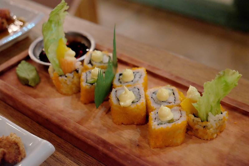 jean yu, cebu fashion bloggers, cebu bloggers, fashion bloggers, food bloggers, beauty blogger, lifestyle bloggers, cebu, asian blogger, philippines, social influencer, online influencer, sushi boy, cebu restaurants, cebu japanese restaurant