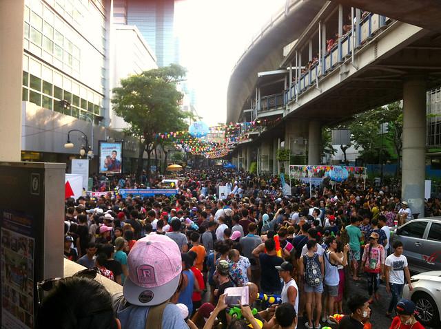 Songkran Bangkok Silom 3