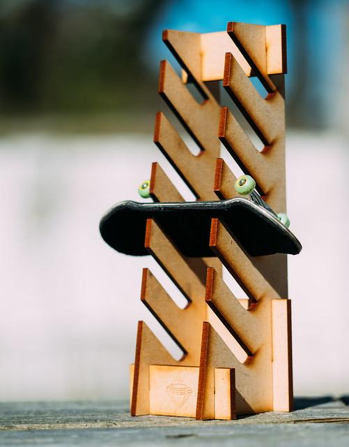 Karat - Fingerboard Rack