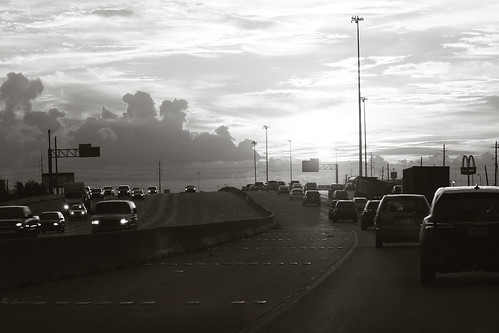 morning cars monochrome sunrise highway driving texas traffic houston commute loop610 i610 janbuchholtz