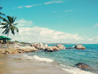 Image of Praia de Calhetas near Cabo. square squareformat juno calhetas praiadecalhetas iphoneography instagramapp uploaded:by=instagram praiasdocabodesantoagostinho
