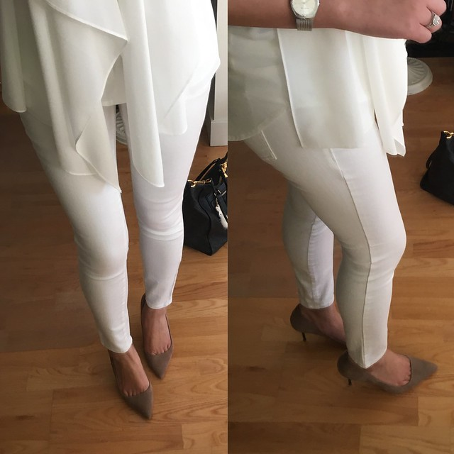Ann Taylor Modern Super Skinny Ankle Jeans in white, size 25/0P