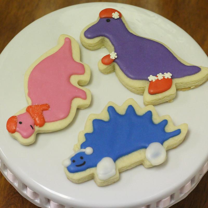 Christmas Dinos (2)