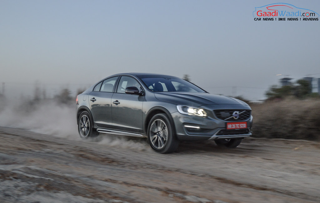 Volvo S60 Cross Country review india-20