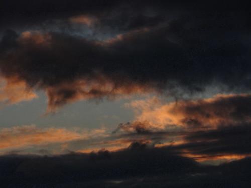 Die Wolke, nächtlicherweile mit einigen jungen Offizieren diese Stichelreden ab zu strafen  weiß Gott so zurückgezogen, wie nur möglich 2499