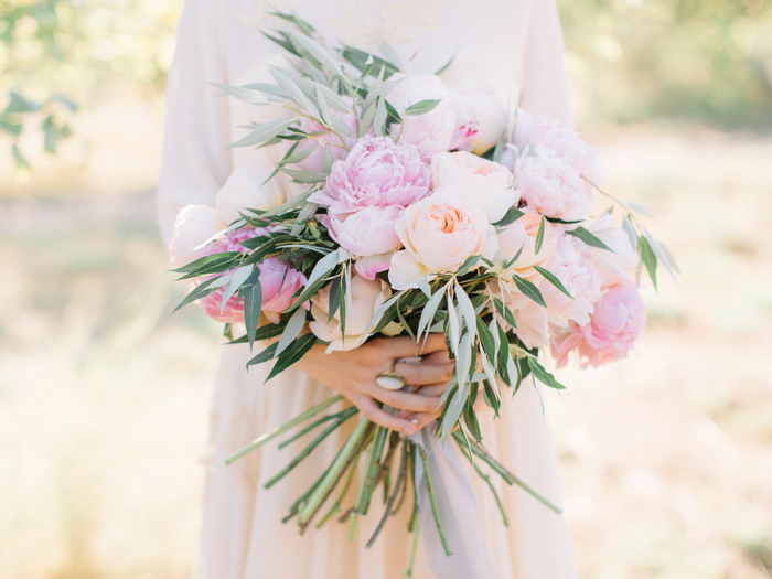 Blush Peony and peach Austin David bouquet | Fab Mood #bouquet