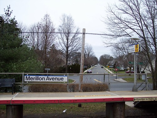 Merillon Ave