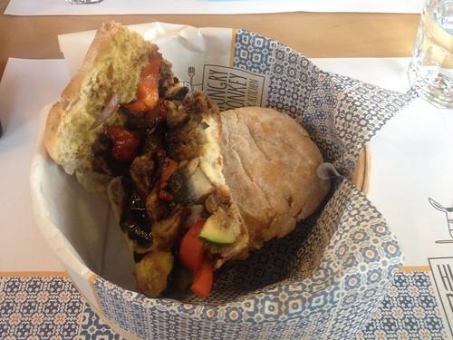 IMG_5175_veggie breakfast sandwich
