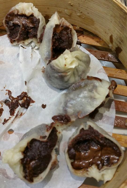 2016-Feb-7 Dinesty (Metrotown) - Steamed Chocolate & Red Bean Paste Dumplings